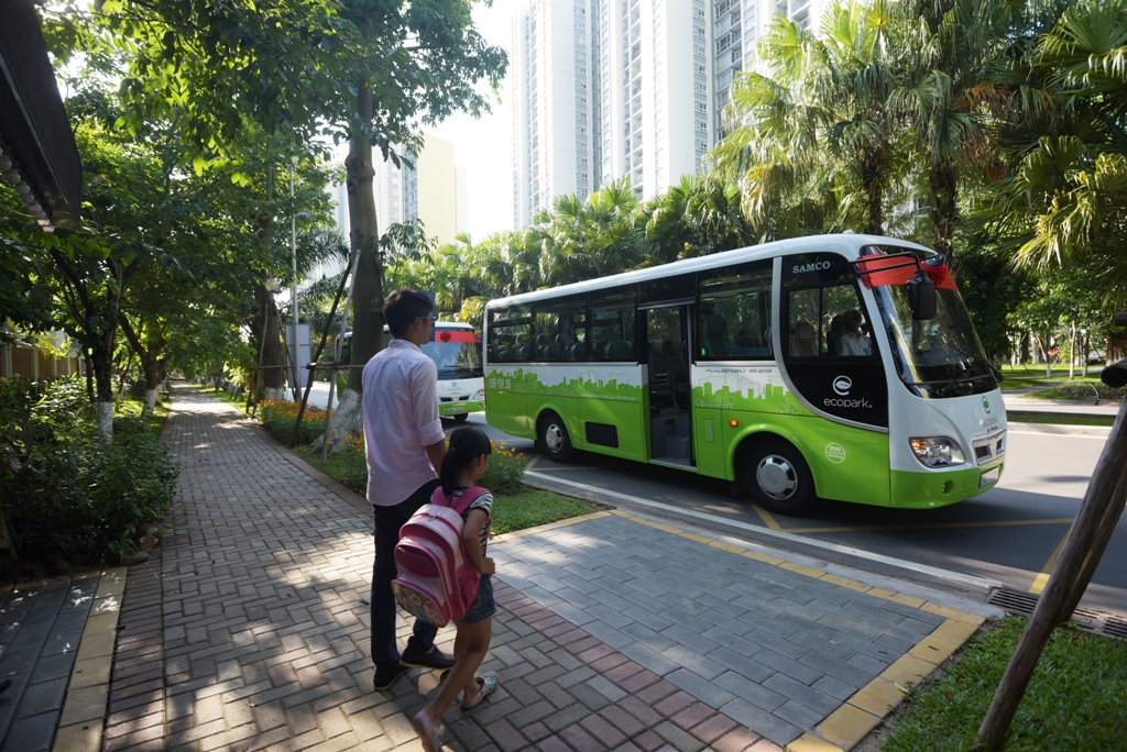 Anh-3-xe-Ecobus